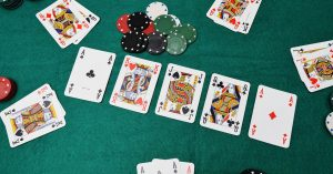 Complete Guide to How to Play Omaha Poker Online for Beginners
