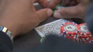 Get Advantages of Playing on Official Online Poker Sites